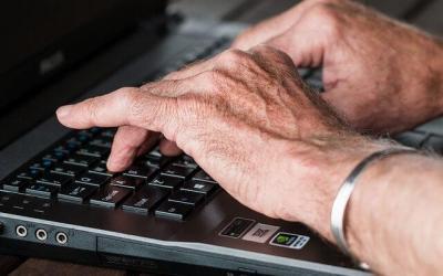 Zakup komputera dla seniora